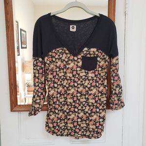Roxy floral tee